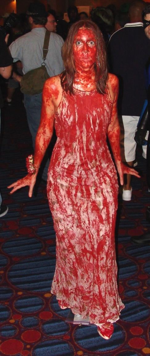 http://www.markalmighty.com/vvp/wp-content/gallery/dragoncon-2010/dragon-con-2010-cosplay_carrie-bloody.jpg