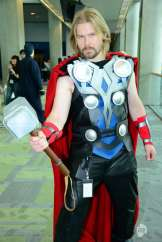 the-avengers-cosplay-pictures-from-fanimecon-2012-in-san-jose-ca-thor-marvel-comics