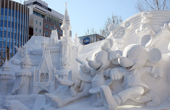 snow_sculpture_3000x1950