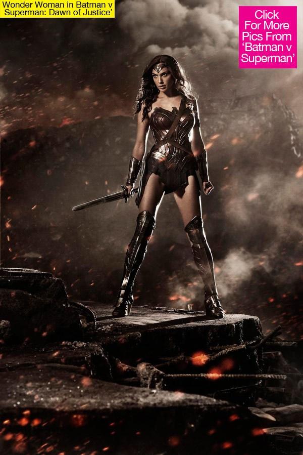 BATMAN V SUPERMAN Comic Con Trailer Leaked (Plus First ...